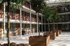 foto 2, hardhouten plantenbakken, model Bordeaux (groot)